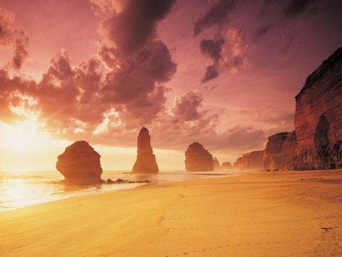 Great-ocean-road-apostles-sunset-large1