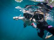 snorkeling girls
