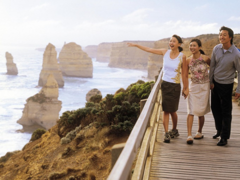 A-view-of-the-12-Apostles-by-happy-travellers