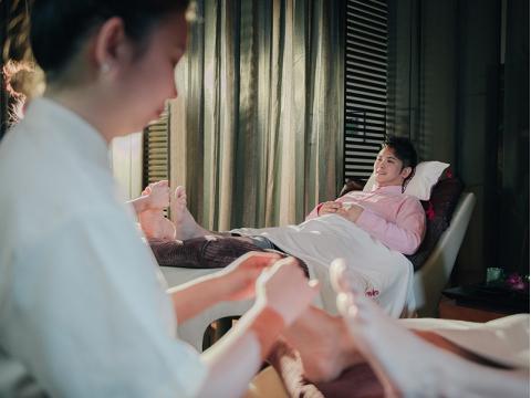「Kenko Wellness」 ケンコー リフレクソロジー&フィッシュスパ 高級感溢れるマリーナベイ・サンズでスパ体験♪<マリーナ・スクエア店>