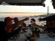 fine-dining-istanbul-bosphorus-celebrating