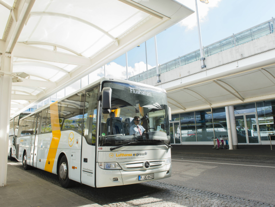 munich airport shuttle transfer by lufthansa airport bus munich tours activities fun things. Black Bedroom Furniture Sets. Home Design Ideas