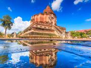 cropped Thailand_Chiang_Mai_Wat_Chedi_Luang_shutterstock_233550202