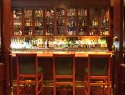 06 Manhattan Steakhouse Lounge (1) Bar