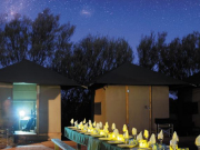 australia_northern-territory_yulara_thousand-night-dinner
