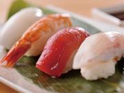 バイキングの昼食(一例・お寿司)