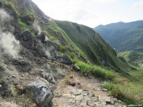 hiking-taiwan-yangmingshan-qixing-22