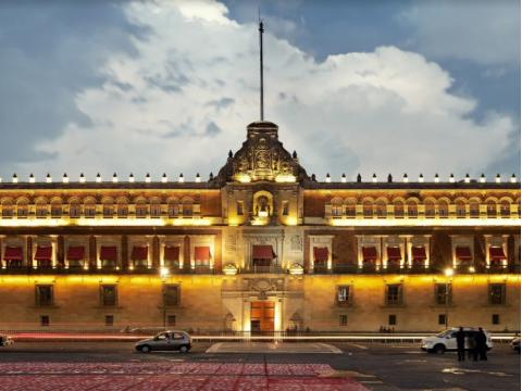 メキシコシティソカロ