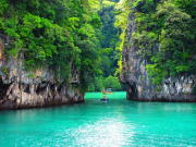 10 Hidden lagoons