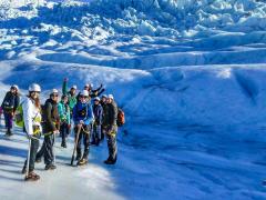 Vatnajokull-glacier-hiking-tour-Iceland4-1200x800
