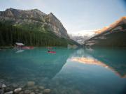 canoe_lake_louise_Zizka_5h