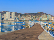Korea_Busan_Songdo_Skywalk_shutterstock_646330228