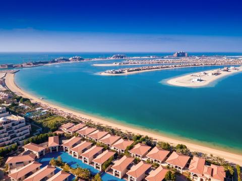 UAE_Dubai_The_Palm_shutterstock_414798463
