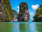Thailand_Phuket_Phang_Nga_Bay_shutterstock_379783075
