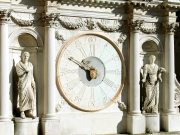 italy_venice_doges-palace_shutterstock_558488023