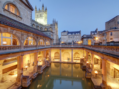 uk_bath_roman_baths_shutterstock_150465404