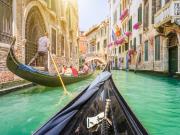 Italy_Venice_Gondola_shutterstock_444112519