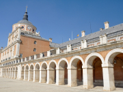 Spain_Toledo_Aranjuez-Royal-Palace_shutterstock_87017363
