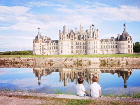 France_Loire_Valley_Chateau_de_Chambord_Castle_shutterstock_409809850 2