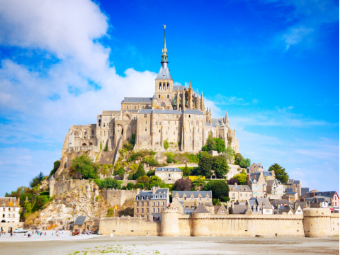 France_Normandy_Mont_Saint_Michel_shutterstock_545612326