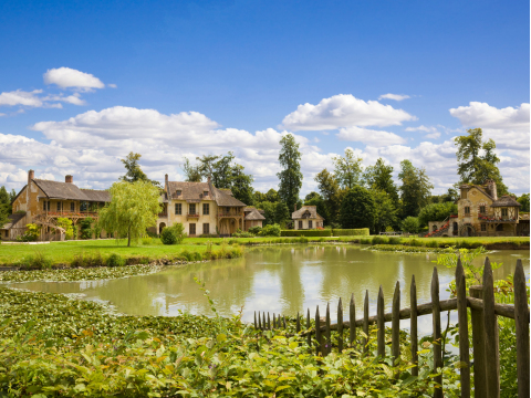 France_Marie_Antoinette's_Estate_Versailles_Chateau_shutterstock_53508742