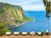 US_Hawaii_Waipio Lookout_shutterstock_523767727