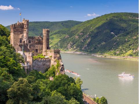 Germany_Rudesheim_Rhine_River_and_Katz_Castle_shutterstock_413562127