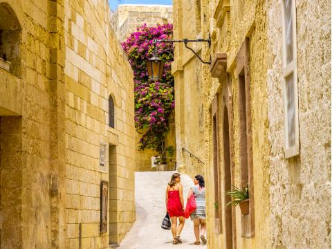 Malta_Mdina_Island_Street_shutterstock_125278376