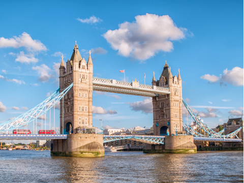 England_London_Tower_Bridge_shutterstock_648686686