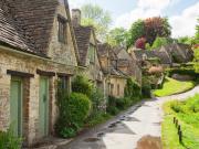 UK_England_Bibury_Old_Street_Houses_Village_shutterstock_429496423