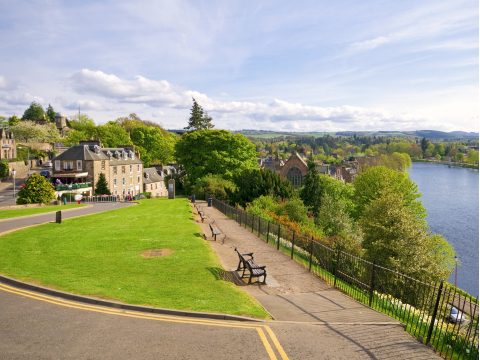UK_Scotland_Inverness_shutterstock_36877549