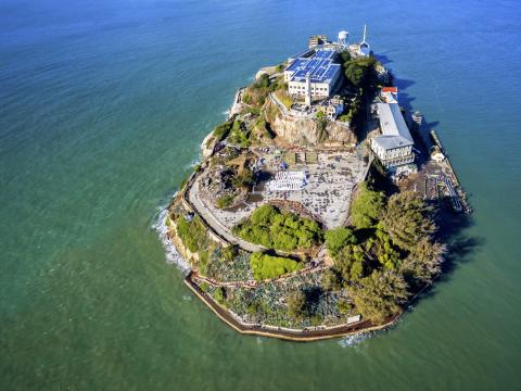 USA_ San_Francisco_Alcatraz_Island_shutterstock_604764014