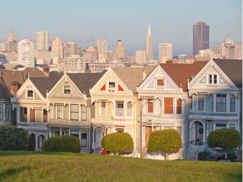 USA_California_San_ Francisco_Pacific_Heights_shutterstock_68231731