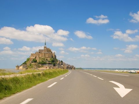 France_Normandy_Mont_Saint_Michel_Rocky_Road_shutterstock_31747951