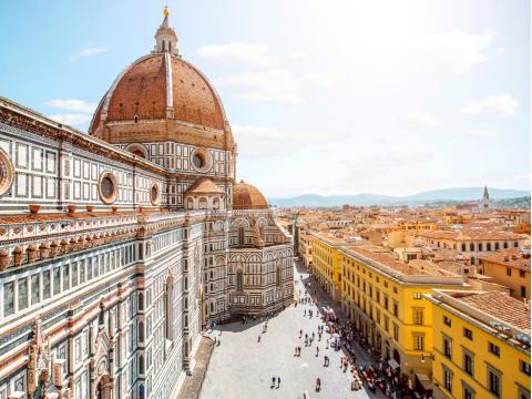 Italy_Florence_The_Basilica_di_Santa_Maria_del_Fiore_shutterstock_476859262