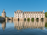 France_Loire-Valley_Chenonceau-Castle_shutterstock_298027664