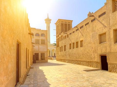 UAE_Dubai_Old_Dubai_shutterstock_221610370