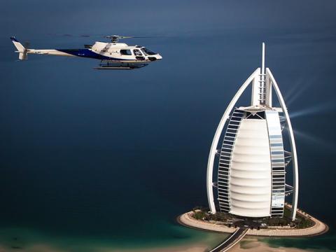 Dubai-Helicopter-City-Tour