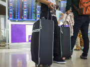 Generic_Airport_Black-Luggage_shutterstock_307234652