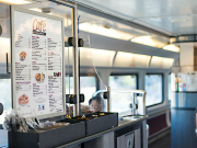Amtrak_cafe_car