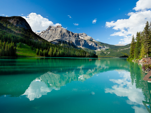 Emerald_Lake_shutterstock_90887678