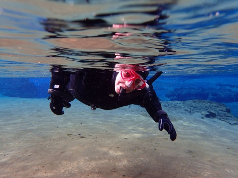 Snorkeling-in-Silfra-fissure6_preview