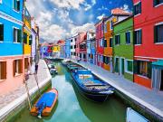 Italy_Venice_Burano-Island-Canal_18441598_L