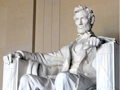 USA_WashingtonDC_Lincoln Memorial_shutterstock_522649765