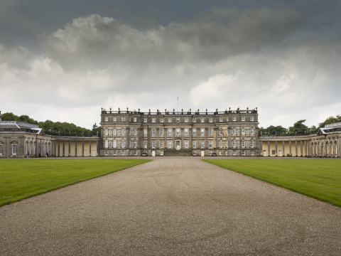 Scotland_Hopetoun house_shutterstock_228855934