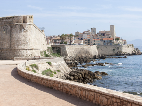 France_French_Riviera_Antibes_Fort_Carre_shutterstock_428000551