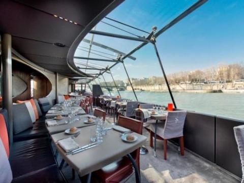 bateaux-parisian-gallery