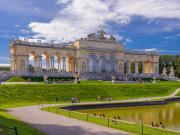 Austria_Wienna_Schonbrunn_Palace_shutterstock_241387339