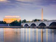USA_Washington_DC_Potomac_Lincoln_Memorial_Washington_Monument_Arlington_Memorial_Bridge_shutterstock_284262254