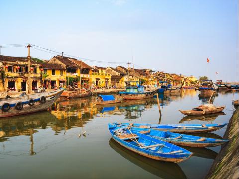 Vietnam_HoiAn_Thu_Bon_River_shutterstock_389340097